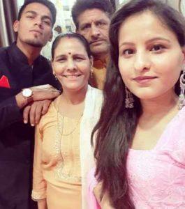 rahul-chahar-family