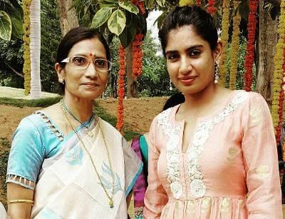 mithali-raj-family-parents-mother