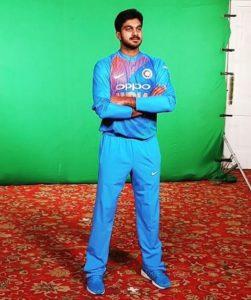 vijay-shankar-cricketer-bio-age-family-stats-ipl-girlfriend-wiki