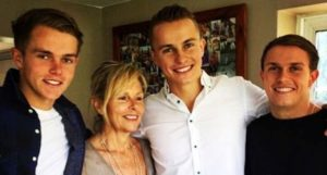 Tom-Curran-Family-brother-mother