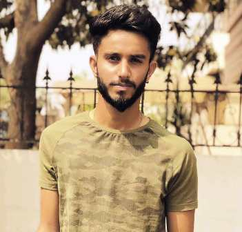 mayank-markande-biography-height-age-family-career-facts