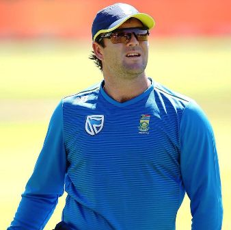 jj-smuts-age-height-biography-cricket-stats-facts