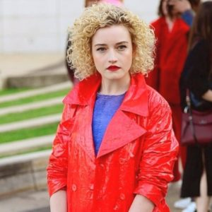 julia-garner-biography-movies-webseries-facts