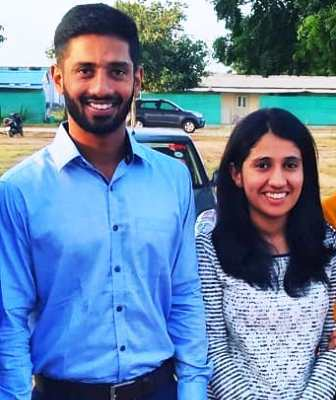 rahul-tripathi-family-sister