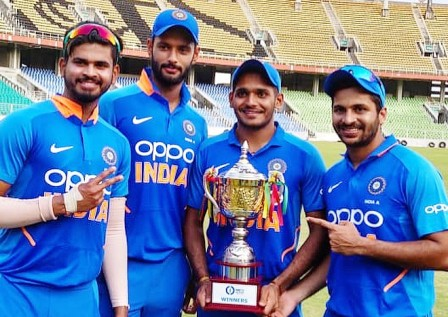 tushar-deshpande-cricket-family-career-reords-stats-facts