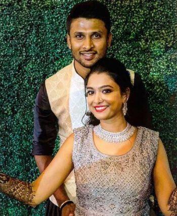 krishnappa-gowtham-family-wife