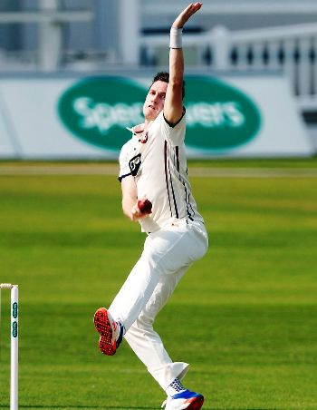 adam-milne-biography-age-height-bolwing-stats-facts