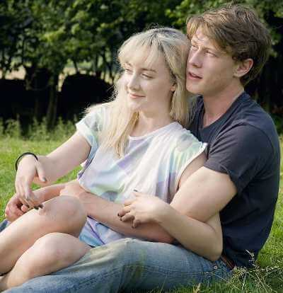 george-mackay-height-girlfriend-age-movies-biography-facts