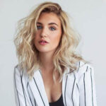 sophie-nélisse-biography-family-height-age-movies-tv-facts