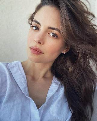 conor-leslie-biography-height-age-husband-movies-tv-facts